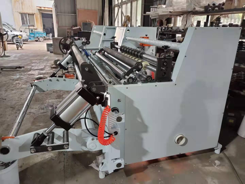 Dovážaný stroj z Číny počas jeho procesu výroby