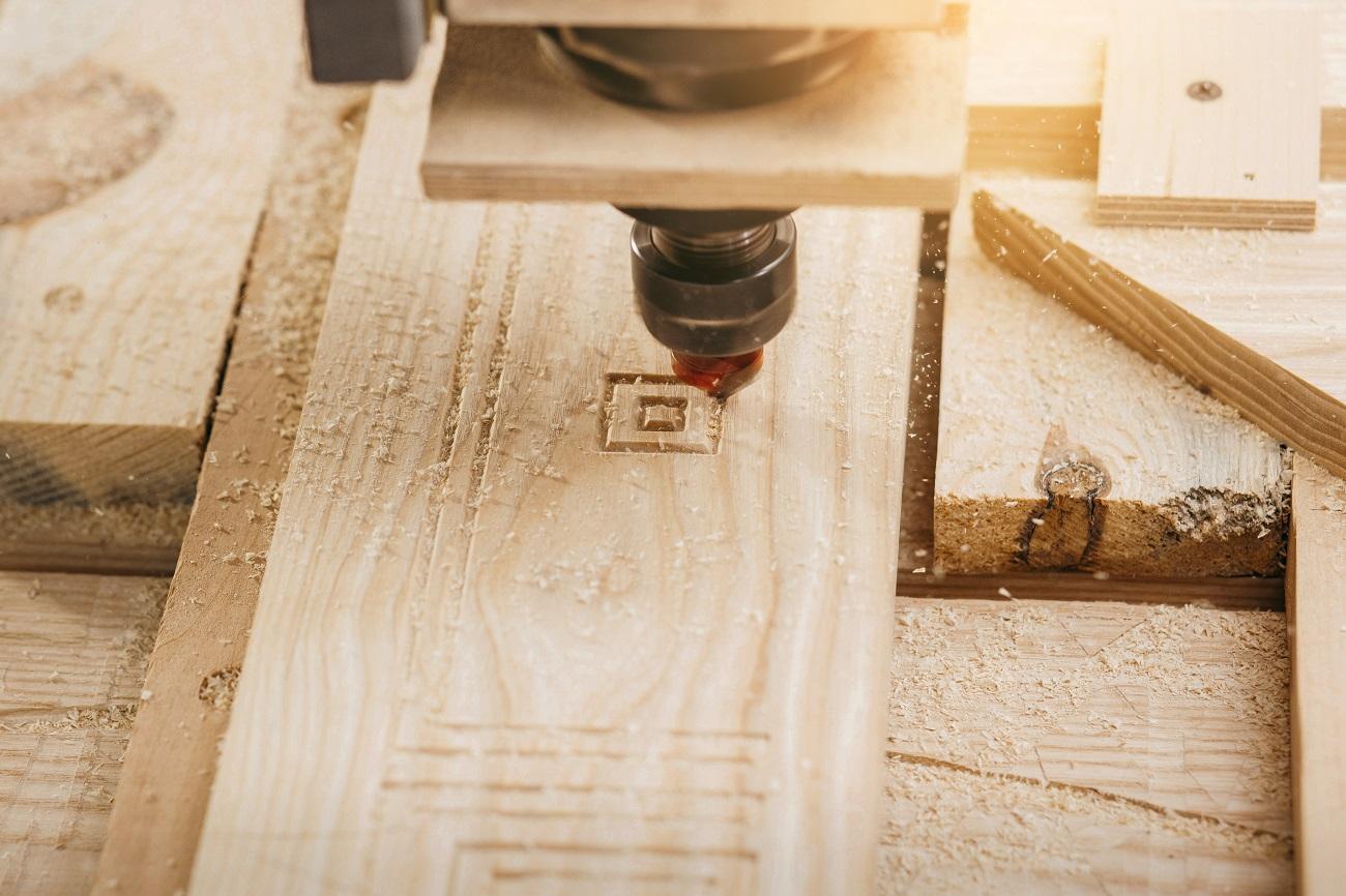 dovoz CNC stroja z Číny