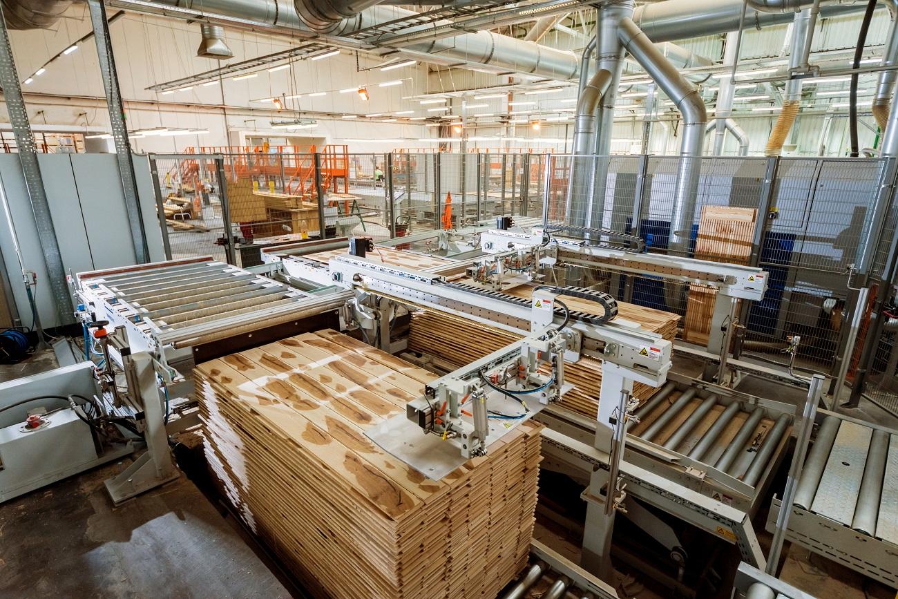 Dovoz strojov na drevoobrábanie z Číny